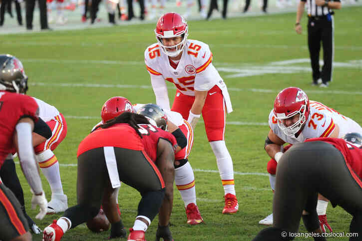 Super Bowl 2021 Key Matchup: Can Kansas City's Banged Up Offensive Line Hold Off Bucs Pass Rush?