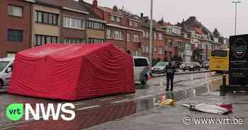 22-jarige voetgangster aangereden in Kraainem door bus: slachtoffer overlijdt - VRT NWS