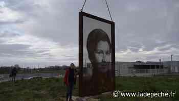 Verdun-sur-Garonne. VIDÉO. Tarn-et-Garonne : un portrait monumental de Simone-Veil trouve sa place devant le c - LaDepeche.fr