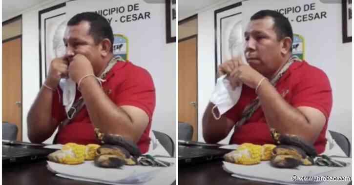 El ya polémico alcalde de El Copey, Cesar, recibe nuevo rechazo por el uso que le da al tapabocas - infobae