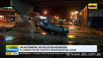 Automóvil volcó sobre la avenida Eusebio Ayala - ABC Noticias - ABC Color