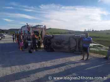 Motorista morre em capotamento na AL 460, em Porto Calvo - Alagoas 24 Horas