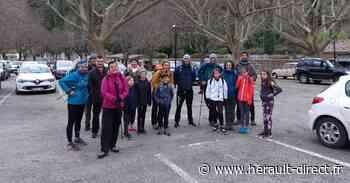 Florensac - L'équipe du BAF (Badminton à Florensac) au sommet du Mont-Saint-Baudille. - Hérault-Direct