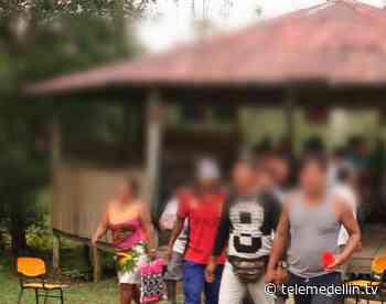 OIA denuncia confinamiento en el río Atrato por minas antipersonal - Telemedellín