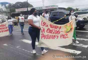 Pobladores de Cativá caminan por la paz - Día a día