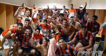 San Lorenzo de Alem goleó a Vélez de San Ramón y jugará la final de la Región Centro - Vía País
