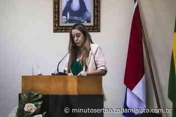 Santana do Ipanema: Em primeiro discurso na Câmara, vereadora Dra. Carol Magalhães pede aproximação da Casa com o povo - Cada Minuto