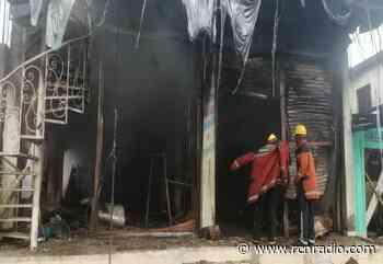 Incendio quemó negocio de tres pisos en Vigía del Fuerte, Antioquia - RCN Radio