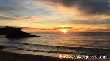 Luminoso amanecer en La Fosca - La Vanguardia