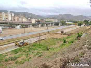 Valles del Tuy   Talud de tierra obstaculiza avenida perimetral de Charallave - El Pitazo