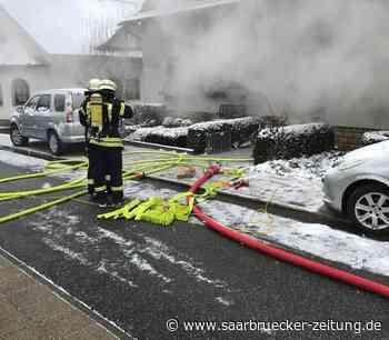 Feuerwehr rückt zu Zimmerbrand in Marpingen aus - Saarbrücker Zeitung