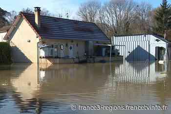 Inondations à Esbly : entre patience et résignation, les habitants guettent la décrue - France 3 Régions