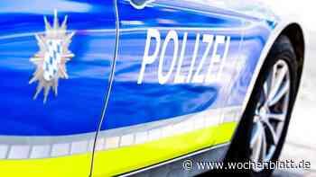 Driftversuche auf Fußballplatz enden in Polizeikontrolle - Wochenblatt.de