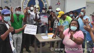 Perremeistas protestan en Montecristi en demanda de empleos - El Caribe