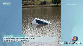 Fraiburgo: Carro da prefeitura cai no Lago das Araucárias - ND Mais