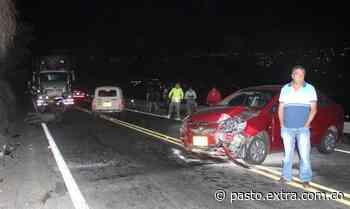 Escena de horror en la vía Pasto - Chachagüí: motociclista impactó contra un vehículo - Extra Pasto