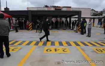 Municipio de Ambato abrió un edificio de parqueaderos para 275 vehículos - El Comercio (Ecuador)