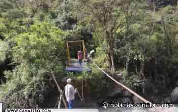 Puente destruido pone en riesgo a los habitantes de Coromoro, Santander - Canal TRO