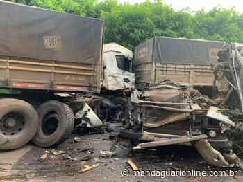 Acidente envolvendo caminhões deixa motorista gravemente ferido em Astorga - Mandaguari Online