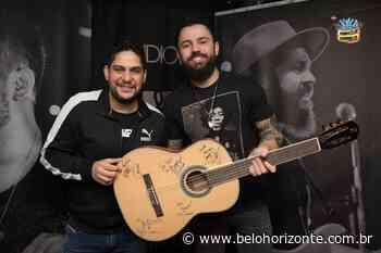 APAE de Pedro Leopoldo usa violão autografado por artistas para arrecadar fundos - Belo Horizonte