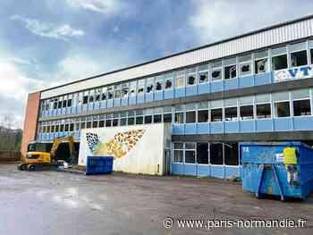 La démolition de l'ancien collège Val-Saint-Denis de Pavilly a commencé - Paris-Normandie