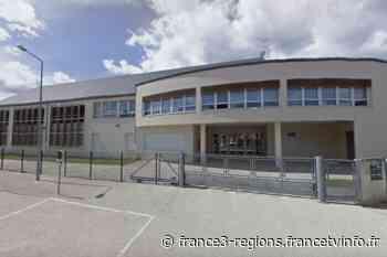 Loiret : le collège de Neuville-aux-Bois fermé pendant 7 jours à cause du variant britannique de la Covid-19 - France 3 Régions