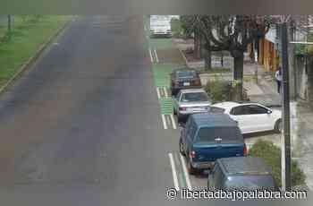 """Vecinos de la avenida """"Adolfo Ruiz Cortines"""" dicen que las autoridades municipales no han informado nada a Tránsito del Estado sobre la ciclovía - Libertadbajopalabra.com"""