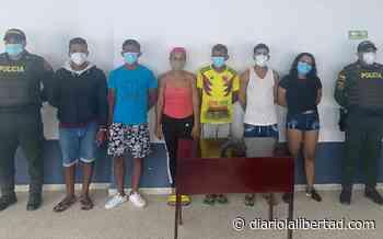 En Juan de Acosta capturan a seis venezolanos por hurto y porte de estupefacientes - Diario La Libertad