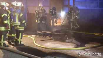 Aschaffenburg: 70.000 Euro Sachschaden nach Brand in Schreinerei - BR24
