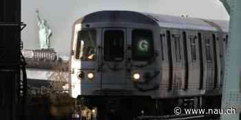 Jerry Seinfeld und Whoopi Goldberg machen U-Bahn-Ansagen in New York - Nau.ch