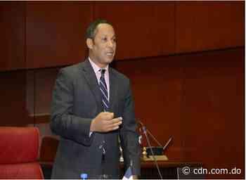 Senador Dionis Sánchez lamenta muerte de joven en Pedernales; aclara acusado del hecho no es su empleado - CDN