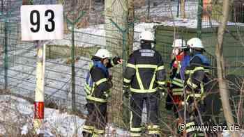 Hoisdorf: Spaziergänger riechen Gas und alarmieren die Feuerwehr | shz.de - shz.de