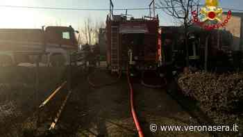 Incendio a San Giorgio in Bosco - Immagini dei vigli del fuoco (3) - Verona Sera