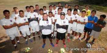 """La escuela del """"Manta"""" Alvarado y el """"Kaká"""" Jiménez en la Santa Lucía - El Gráfico"""