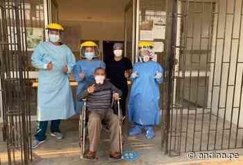 ¡Invencible! Anciano de 88 años recibe el alta en Huarmey tras vencer el covid-19 - Agencia Andina