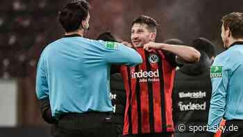 Eintracht Frankfurt News: David Abraham tauscht mit Manuel Gräfe Trikot - Sky Sport