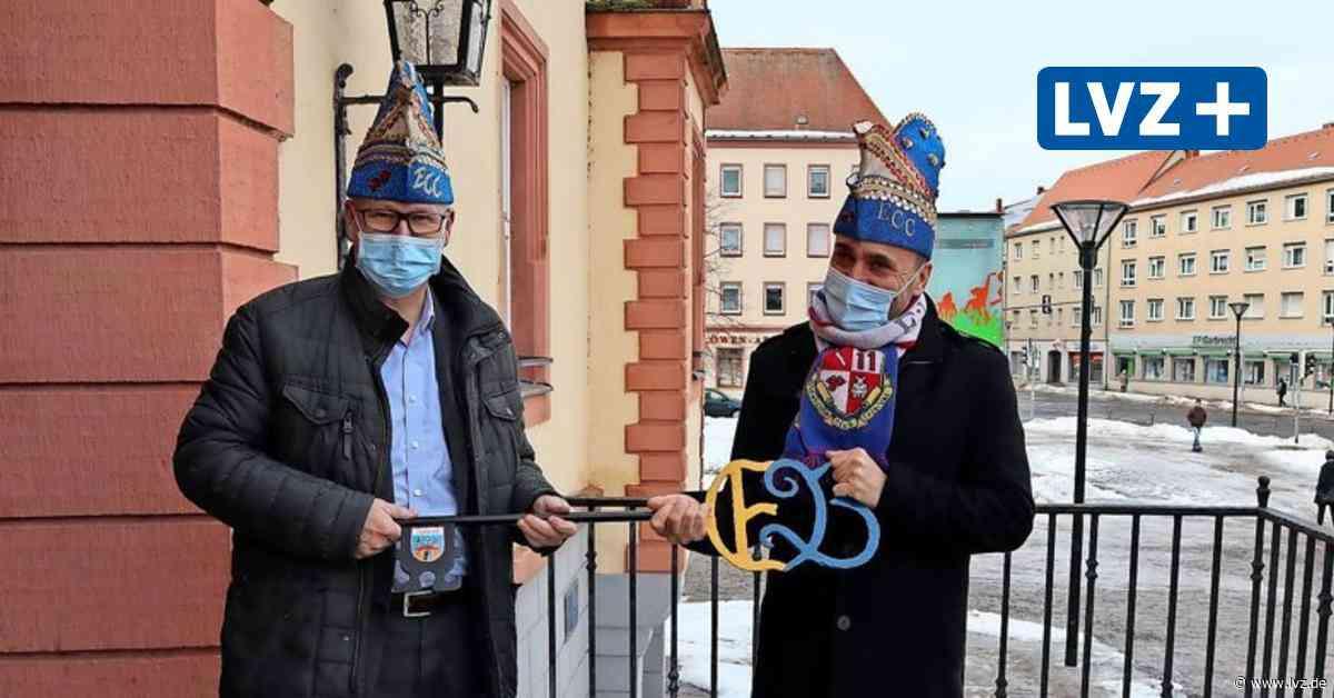 Narren in Eilenburg und Bad Düben geben Schlüssel zurück - Leipziger Volkszeitung