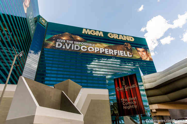 Vegas Shows Set To Return, Hotels To Expand 24/7 Operations After Updated Reopening Guidelines