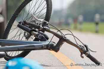 Romano di Lombardia, ciclista cade e viene investito da un'auto: ricoverato in codice rosso - Fanpage.it