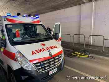 Incidente a Romano di Lombardia: cade e un'auto lo travolge, morto ciclista di 31 anni - Corriere Bergamo - Corriere della Sera