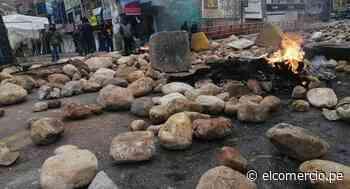 La Oroya: trabajadores de Doe Run bloquean la Carretera Central con piedras y llantas quemadas - El Comercio Perú