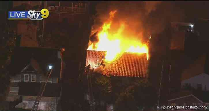 Crews Battle Blaze At Vacant Westlake District House