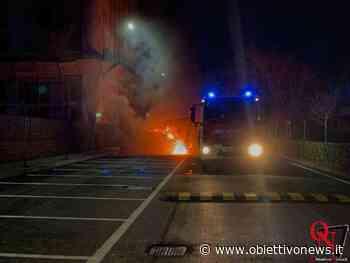 BORGARO TORINESE – Due incendi in una giornata: prima i rifiuti e poi una vettura (FOTO) - ObiettivoNews