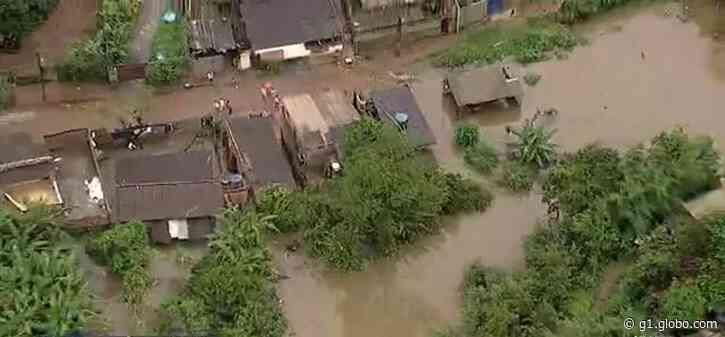 Chuva invade casas e deixa moradores ilhados em Matozinhos, na Grande BH - G1