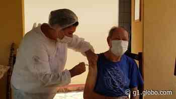 Vacinação contra a Covid-19 continua em Capela do Alto nesta quarta-feira - G1