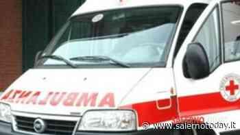 Incidente tra due auto a Sala Consilina: uomo finisce in ospedale - SalernoToday