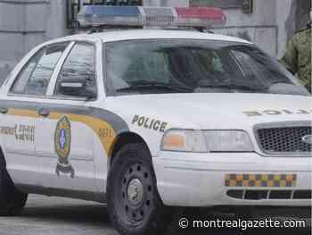 Montreal-area raids net four guns, $40,000 and 1.8 kg of cocaine - Montreal Gazette