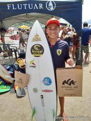 Everton Freitas vence surf treino na praia de Pitangueiras no Guarujá - Rodrigo Morais