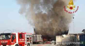 Incendio di Tombolo, Bottacin: 'Grazie ai Vigili del Fuoco' - Oggi Treviso