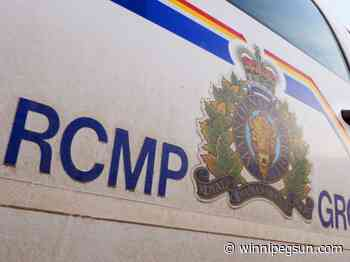 Two men killed in highway crash south of Arborg: RCMP - Winnipeg Sun